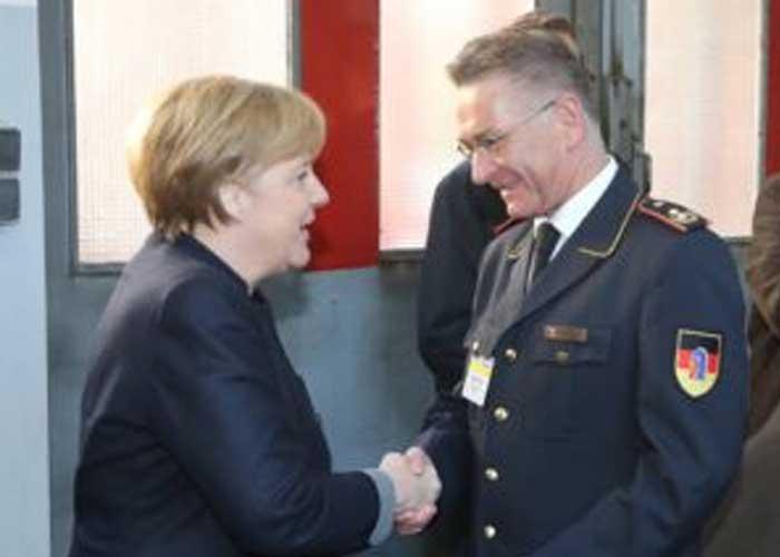 Hartmut Ziebs mit Frau Dr. Angela Merkel